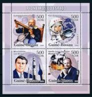 [400414]Guiné-Bissau 2007 - Pionniers De L'espace, Astronomie, Satellites, Fusée - Espace