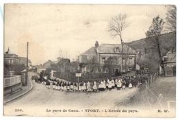 YPORT - Carte Sur Une PROCESSION à L'ENTREE Du BOURG - Yport
