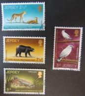JERSEY 1972 WILDLIFE PRESERVATION TRUST SET OF 4 VFU ANIMALS CHEETAH BIRDS MYNAH BEARS TUATARAR - Jersey