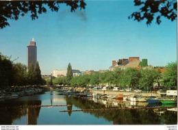 44 - NANTES - VUS DE L'ERDRE, LE QUAI DE VERSAILLES, LE PONT MORAND ET LA TOUR BRETAGNE - Nantes