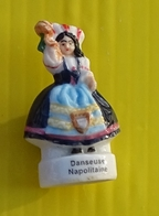 Fève - Danseuse Napolitaine - Personnages