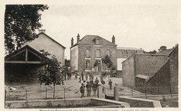 Cpa Moustoir Remungol (56) Ecole Communale - Altri Comuni