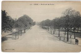 CPA NORD LILLE Boulevard Des Ecoles  édit PL N°156  (un Angle Touché) - Lille