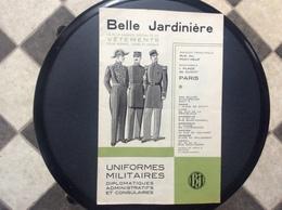 DOCUMENT COMMERCIAL CATALOGUE BELLE JARDINIERE Uniformes Militaires Diplomatiques Et Consulaires  ANNEE 1934 - Ambachten