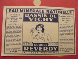 étiquette Eau Minérale Naturelle. Bassin De Vichy.  Source Reverdy Cusset. Vers 1960 - Publicités