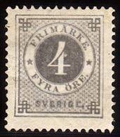 1877. Circle Type. Perf. 13. 4 øre Gray. Beautiful Centered, Small Thin Spot. (Michel 18B) - JF100795 - Neufs