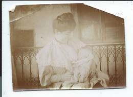 Allaitement ,jeune Femme Sein Nu Allaitant,photo En Mauvais état8x10,5 - Photographs