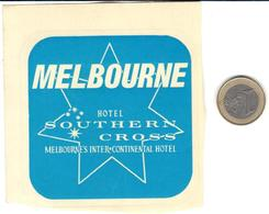 ETIQUETA DE HOTEL  - HOTEL SOUTHERN CROSS  -MELBOURNE  -AUSTRALIA - Hotel Labels