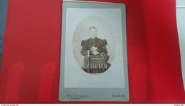 PHOTO GUERRE SOLDAT CIGARETTE A LA MAIN     28 EME INFANTERIE   A. GROSSIN  PARIS - War, Military