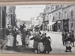 Pont L'Abbé.la Rue Kereon.coiffes Costumes Bretons.édition Villard - Pont L'Abbe