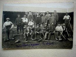 18 BOURGES Carte Photo Travailleurs Réparant Les Dégats Très Belle Animation Du 5 Mai 1916 - Guerra 1914-18