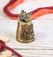 Thimble BUTTERFLY & FLOWERS Solid Brass Metal Russian Souvenir Collection - Dés à Coudre