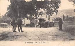 12-VABRES- L'ARRIVEE DE L'AUTOBUS - Vabres