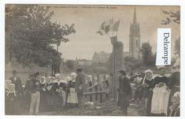 Les Luttes De SCAËR (29) - L'Entrée Du Champ De Foire   -  (tirage 1900) - Frankrijk
