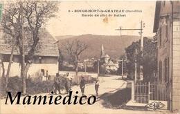 68 ROUGEMONT-le-CHÂTEAU. Entrée Du Côté De Belfort. Personnages Dont Cycliste. - Autres Communes