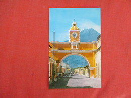 Guatemala   Arch Of Santa Catarina Church Church    Ref 3273 - Guatemala