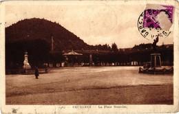 88 ..BRUYERES .. LA PLACE STANISLAS .. 1933 - Bruyeres