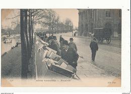 PARIS SCENES PARISIENNES BOUQUINISTE CPA BON ETAT - France