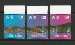 HONG KONG 1997 Panoramica Di Notte 831 /33 Serie C. Nuovi ** (MNH) - Cat. 26 € - Hong Kong (...-1997)