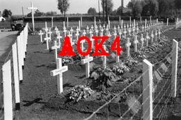 HOLLAIN Bruyelle Brunehaut Escaut Hainaut 1940 IR 111 Cimetiere Militaire Allemand Lommel Friedhof Antoing - Guerre, Militaire