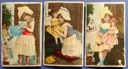 3 CHROMOS  LITHOS.....PETITES FILLES AVEC POUPEES - Vieux Papiers