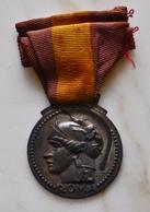 """Medaglia Al Merito Del 1932 """"ROMA"""" Scuole Del Governatorato - Italie"""