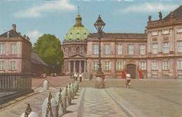 CARTOLINA - POSTCARD - DANIMARCA - COPENHAGEN - AMALIENBORG PALACE - Danimarca