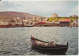 Faroe Islands Postcard Sent To Denmark Torshavn 13-7-1989 (Torshavn Behind The Navigation School) - Faroe Islands