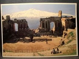 (FG.O19) TAORMINA - IL TEATRO GRECO ROMANO CON L'ETNA (MESSINA) Viaggiata - Messina
