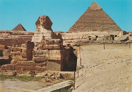Giza - The Great Sphinx And Khefreh Pyramid - Gizeh