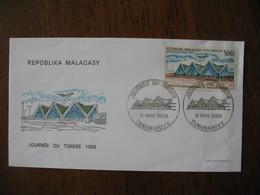 Enveloppe Madagascar Journée Du Timbre 1968 Tananarive - Madagascar (1960-...)