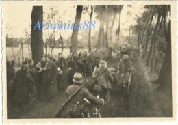 Campagne De France 1940 - Prisonniers De Guerre - Kriegsgefangene - Wehrmacht - Westfeldzug - War, Military