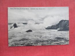 Heavy Surf   Southold     New York > Long Island   Ref 3274 - Long Island
