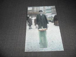 Bruxelles  Brussel  Série Petits Métiers  :  Le Marchand De Plaisirs - Ambachten