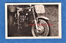 Photo Ancienne Snapshot - Belle Moto De Course Numéro 39 , Modèle à Identifier - Moteur Motor Race - Cars