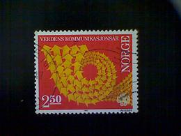 Norway (Norge), Scott #825, Used (o), 1983, World Communications Symbol, 2.50k, Orange And Gold - Norway
