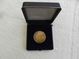 Médaille De Table En Bronze Dans Sa Boîte Landwirtschafts Gesellschaft 1984 - Allemagne