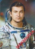 MAKMARKA SPACE RUSSIA 2019.01.21 AUTOGRAPH V.TITOV (4 SPACE FLIGHTS) 1 POST CARD (10Х15) - Autógrafos