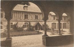 Orval   Cour D'entrée - Florenville