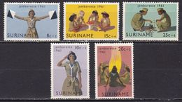 SURINAME 1961 Jamborette Scouting Serie Postfris NVPH 371 / 375 - Suriname ... - 1975