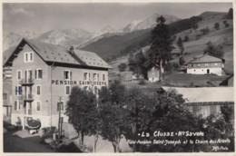 CPA - La Clusaz - Hôtel Pension St Joseph Et La Chaine Des Aravis - La Clusaz