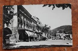 MANOSQUE (04) - PLACE SAUNNERIE ET BOULEVARD DE LA PLAINE - Manosque