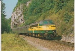CP - TRAINS - LOCOMOTIVES - Locomotive Diesel-électrique CC 5215. - Treinen