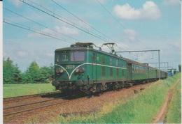 CP - TRAINS - LOCOMOTIVES - Locomotive électrique BB Série 28. - Treinen