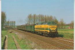 CP - TRAINS - LOCOMOTIVES - Locomotive Diesel-électrique BB Série 61. - Treinen