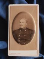 Photo CDV  Vassogne à Charleville  Portrait Militaire 91e D'Infanterie  Embossée  CA 1880-85 - L438A - Anciennes (Av. 1900)