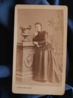 Photo CDV  Rezé à Reims  Femme  Belle Robe  Fin Sec. Empire  CA 1870 - L438A - Photographs
