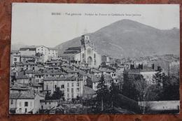 DIGNE (04) - VUE GENERALE - BANQUE DE FRANCE ET CATHEDRALE SAINT JEROME - Digne