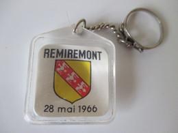 Porte Clé Ancien Remiremont 28 Mai 1966 Compagnie D'art Dramatique Lucien Boileau - Porte-clefs