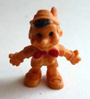 FIGURINE PUBLICITAIRE ESSO 1971 - En Gomme Ou Mousse De Plastique - DISNEY  -  PINOCCHIO Orange Type Glups - Disney